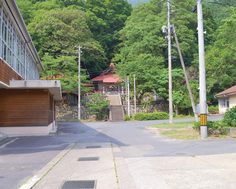 07ロケ地 左鐙(さぶみ)小学校・左鐙コミュニティセンター