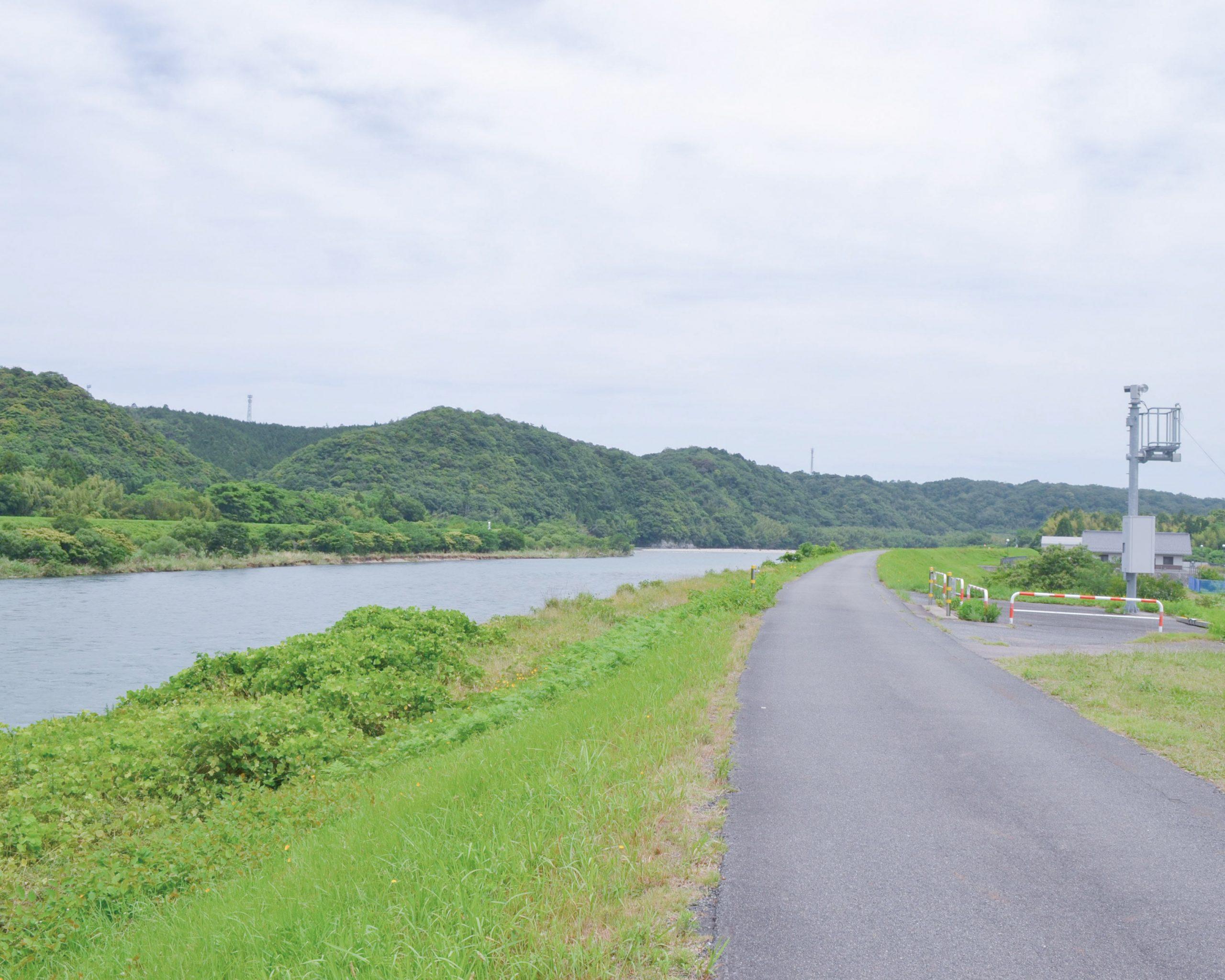 映画高津川ロケ地マップ 土手